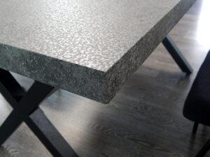 Τραπέζι σαλονιού με όψη τσιμέντου