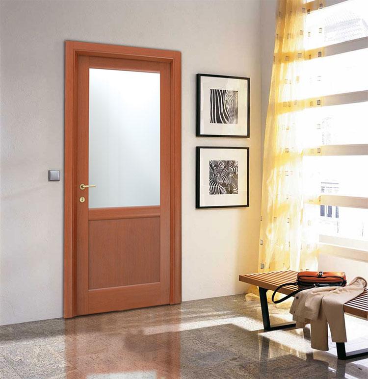 Εσωτερική Πόρτα Ταμπλαδωτή με Τζάμι