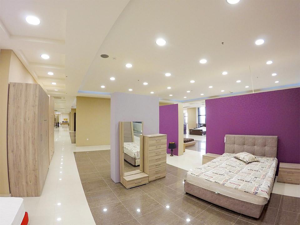 Εκθεσιακός χώρος Έπιπλο Καπατζά Έπιπλα Κρεβατοκάμαρας Ντυμένα Κρεβάτια με Αποθηκευτικό Χώρο