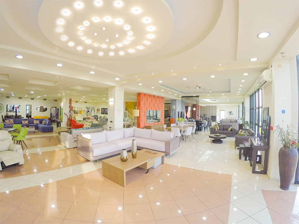 Εκθεσιακός χώρος Έπιπλο Καπατζά Γωνιακά Σαλόνια Τραπεζαρίες Σύνθεση Τηλεόρασης Πολυθρόνες