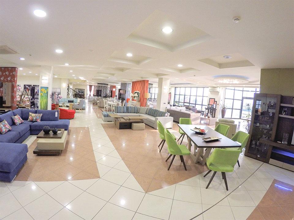 Εκθεσιακός χώρος Έπιπλο Καπατζά Γωνιακά Σαλόνια Τραπεζαρίες Σύνθετα