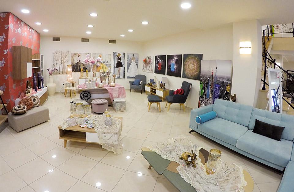 Εκθεσιακός χώρος Έπιπλο Καπατζά Διακόμητικά Είδη Πίνακες Ζωγραφικής Καθρέπτες Τοίχου