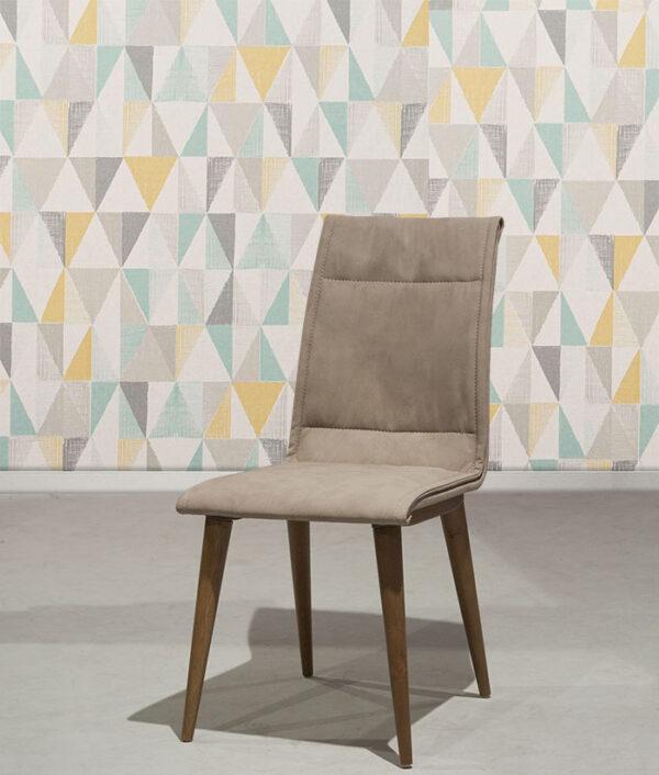 Καρέκλα τραπεζαρίας με τεχνόδερμα σε εργονομικό σχεδιασμό